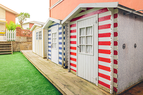 The Panels On A Garden Shed Lend Themselves Perfectly To Painting Alternating Stripes Of Colour This Is Easy Achieve Even If You Re Terrible At Art