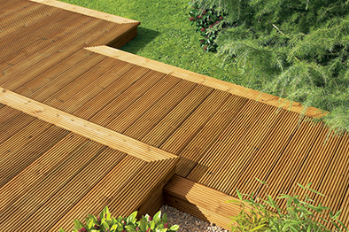 6 things to consider before building a deck for Things to consider when building a deck