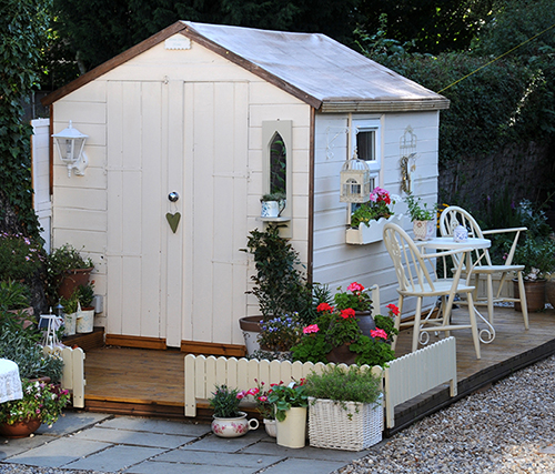 4 Creative Ideas for Painting Your Garden Shed Toplineie